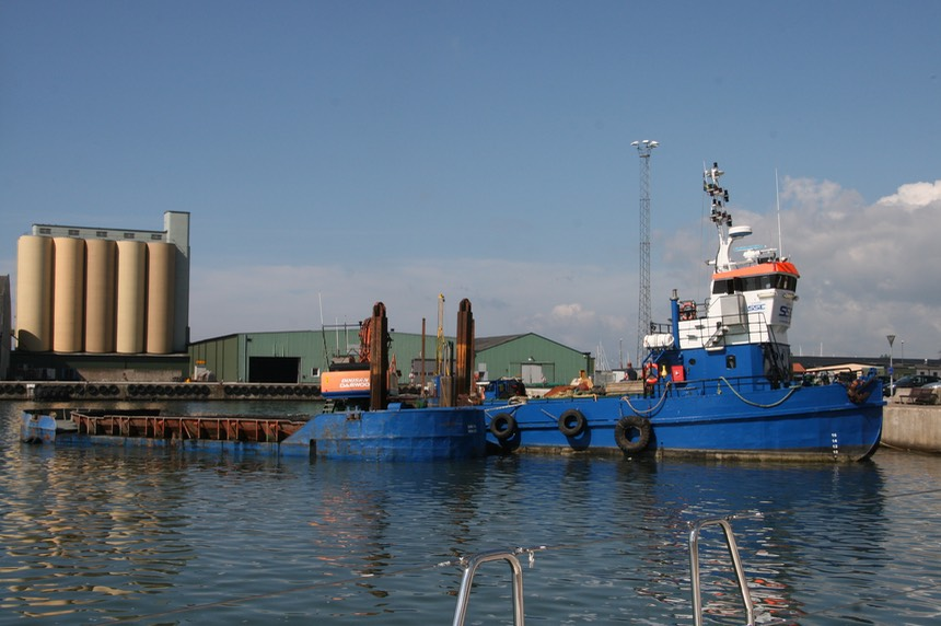 062812 1 The reason for our early departure from Ystad - the dredging machine if only a picture could capture a smell