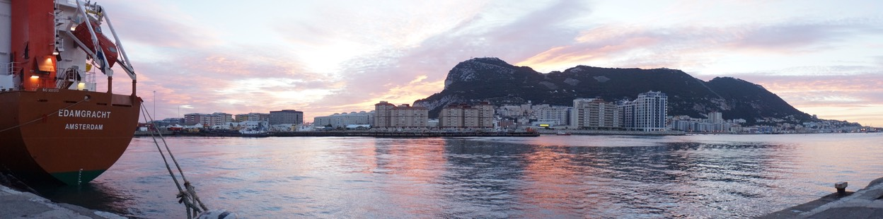 101312 11 Morning Panorama of Gibraltar with the good ship Edamgracht (1)
