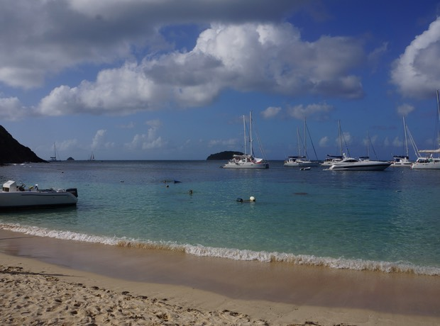 123012 Salt Whistle Bay Mayreau - beautiful but crowded