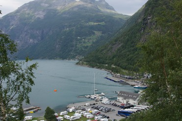 140802 39 In Geiranger Fjord with Katherine and Campers