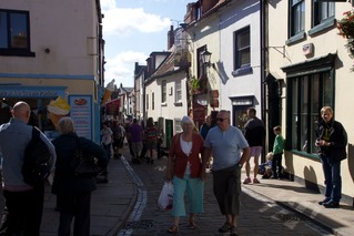 140907 14 Whitby Old town full of people.jpg