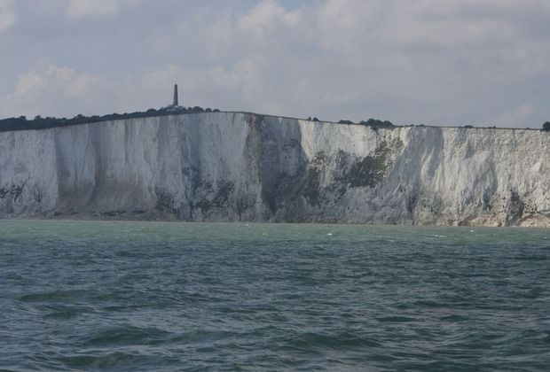 140912 Sailing past the white cliffs of Dover