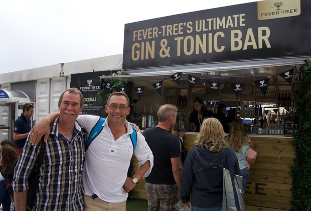 140920 Southampton Boat show catching up with friends Andrew and Berend