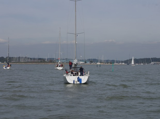 140928 Following boats into Hamble winter home for Katherine 14