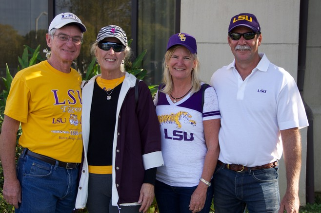 141108 19 LSU Football the support Team