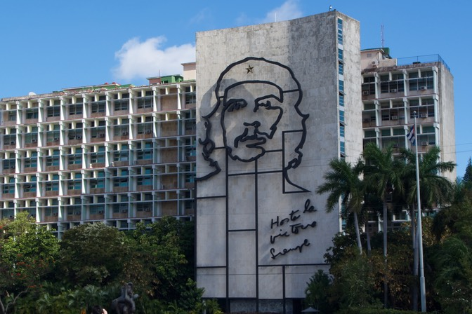 150226 2 plaza de la Revolucion Always Towards Victory
