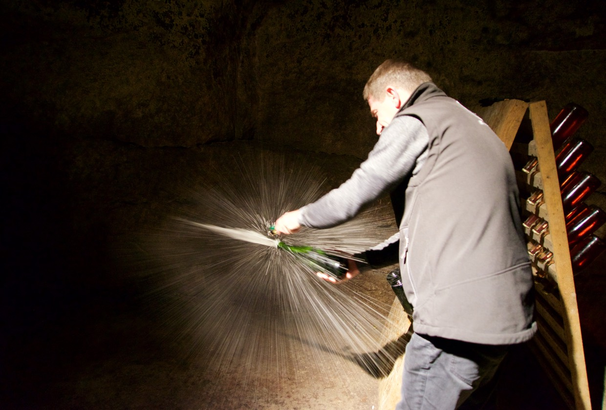 160706 Cave Tour Robert et Marcel Wine Coop tour wine disgorgement Philipe Imbert