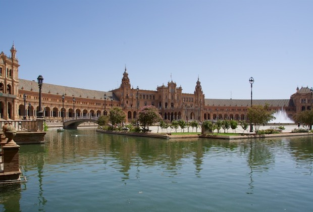 160904 Walking tour of Seville Plaza De Espana