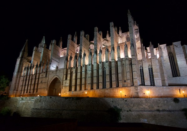 170421 Palma De Mallorca by night Cathedral