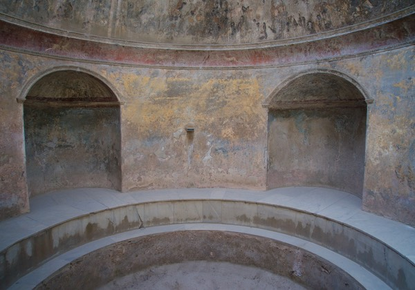 170710 Tour of Pompeii Roman Baths