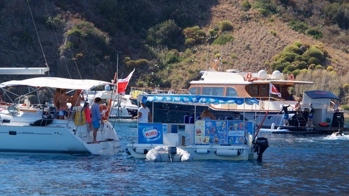 170715 1 Ice-cream van on the water Panarea