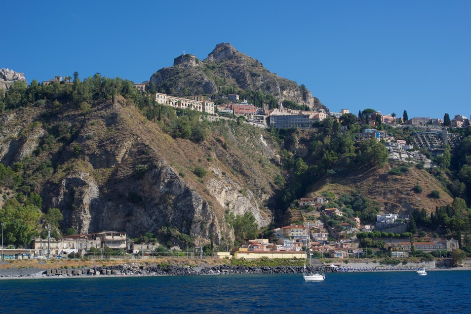 170726 1 anchorage between Taormina and Naxos