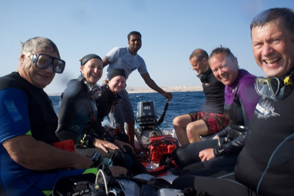 170902-05 Red Sea  65 Divers