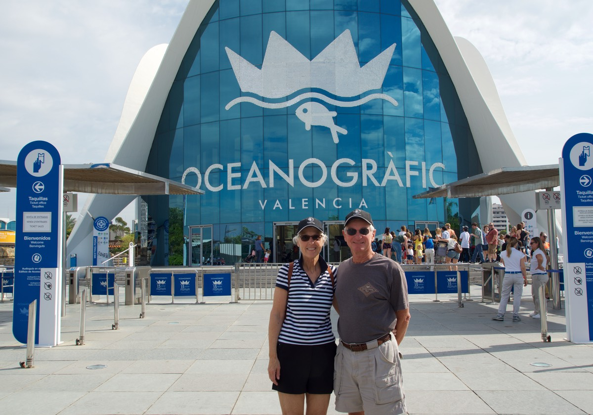 180608 Valencia Aquarium Experience with Jim and Cathy