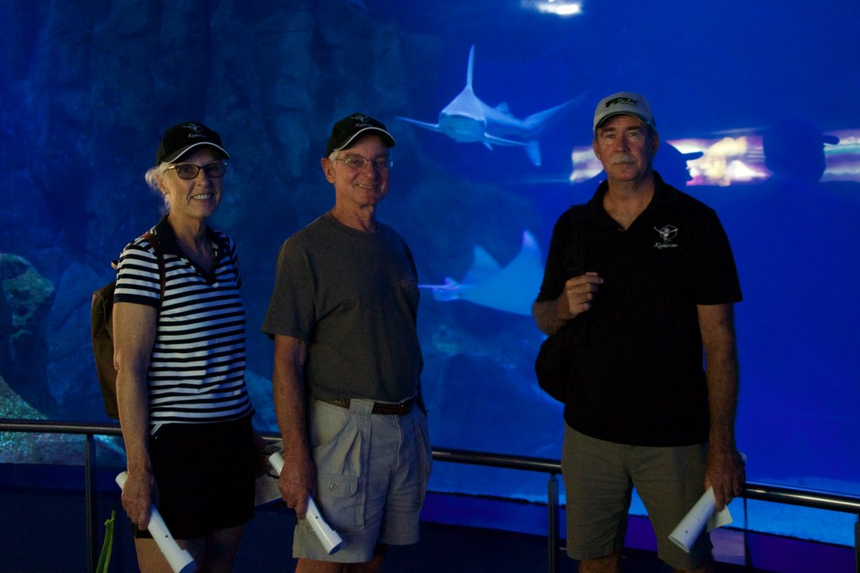 180608 6 Valencia Aquarium Experience with Jim and Cathy