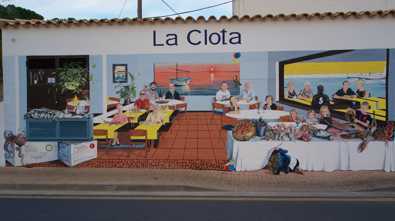 180720 1 La Clota Local Restaurant Wall