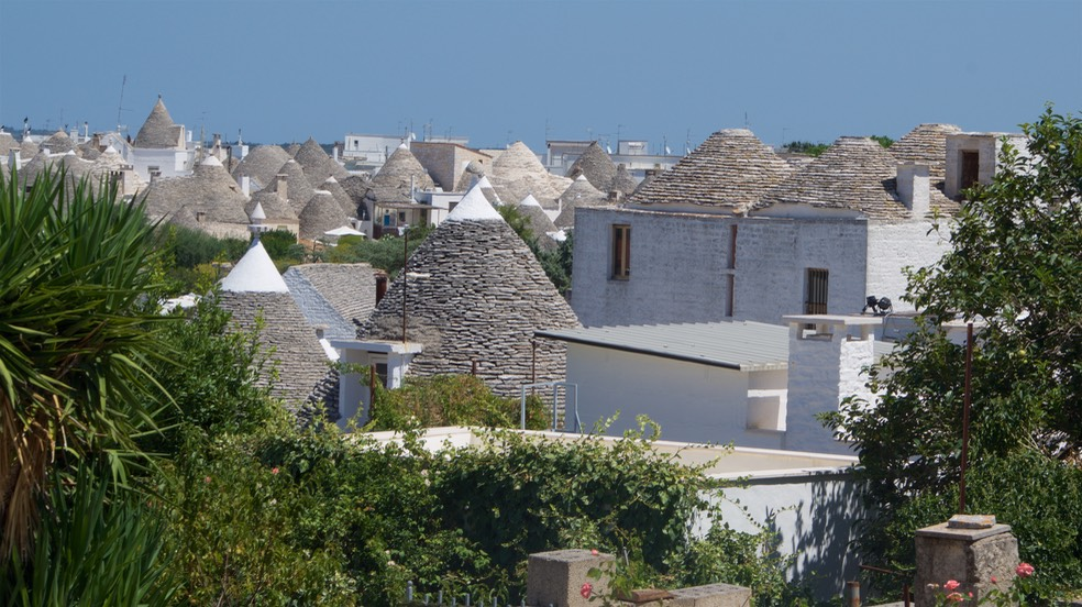 190810 7 Alberobello the Trulli Capital Rooftops